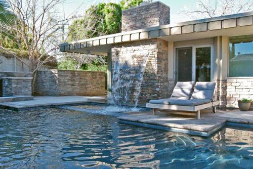 Celebrating the mid-century modern pool