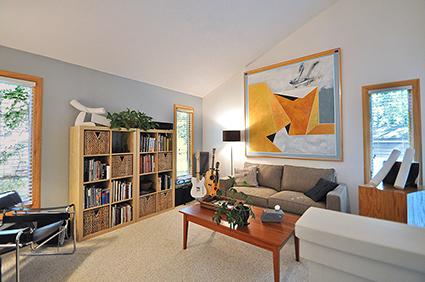 broadleaf-livingroom1