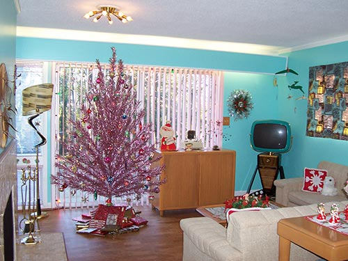 retro pink aluminum christmas tree