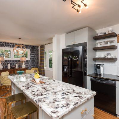 1824 Tamworth Dr - MC Glamour kitchen