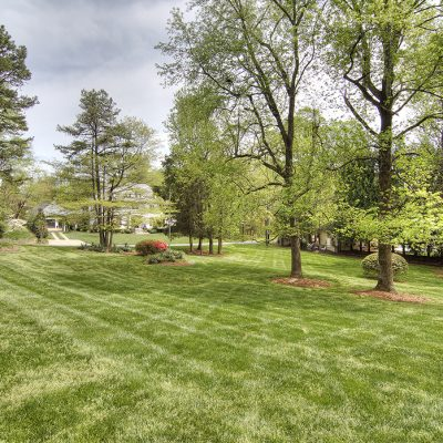 Modernist Charlotte Home on 1.4 acre lot