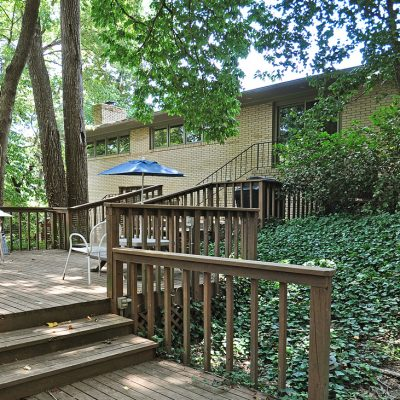 7101 Terrace Dr | gorgeous tiered back deck