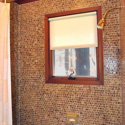 3625 Glenkirk Rd - Bathroom Custom Tile Retro