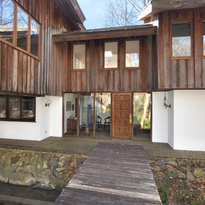 Crutcher Ross Architect designed Modern Home